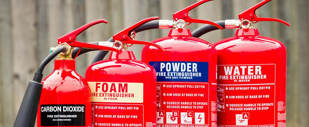 Tűzoltó készülékek karbantartása – mit, mikor, hogyan?